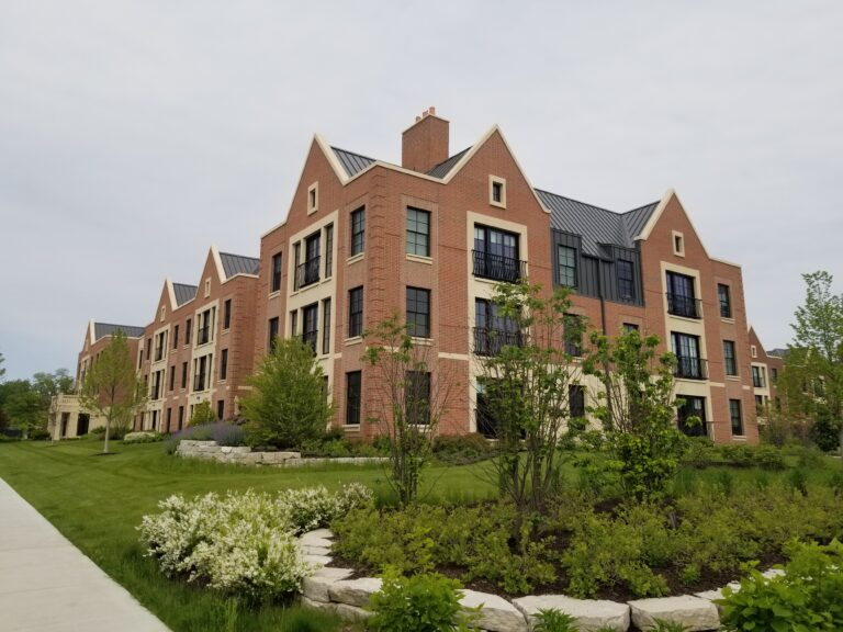 Lake forest Commons